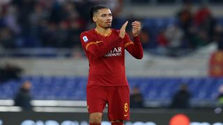 AS ROMA MUỐN GIỮ LẠI SMALLING ...
