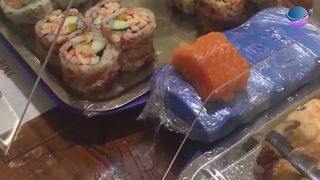 HAND MADE SUSHI - SPICY SAUCE -...